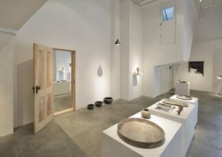 """vol.86  Hiroto Nakanishi  """"katadoru""""-Shaping, installation view"""