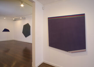 Kenneth Noland: Color and Shape 1976–1980, installation view