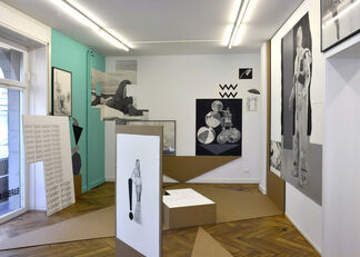 A Slice through the World: Contemporary Artists's Drawings, installation view