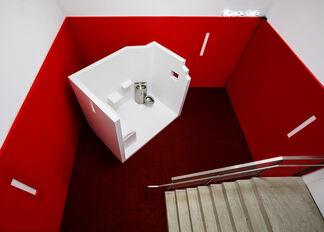 Migraine Cabin, installation view