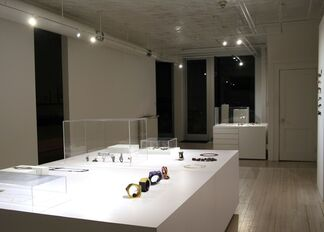 Philip Sajet and Petra Zimmermann/ Jewelry Is My Dearest Sin, installation view