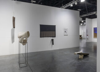 Galerie Jocelyn Wolff at Art Basel in Miami Beach 2018, installation view