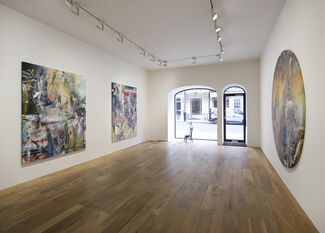 LIAM EVERETT - The Listeners, installation view