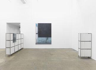 """Manor Grunewald, """"Stand-Inn****"""", installation view"""