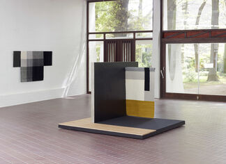 Andrea Zittel. The Flat Field Works, installation view