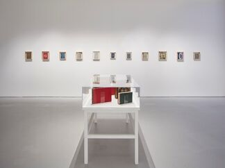 Ed Ruscha / Jonas Wood: Notepads, Holograms and Books, installation view