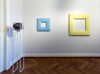 Jenni Tischer. Pin Down, installation view
