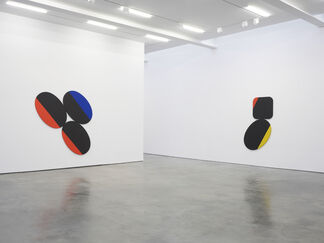 Leon Polk Smith, installation view