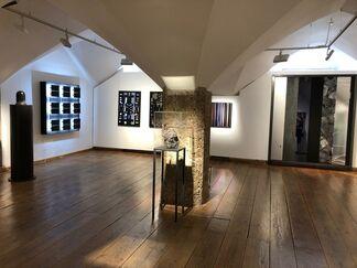 Black Mirror, installation view