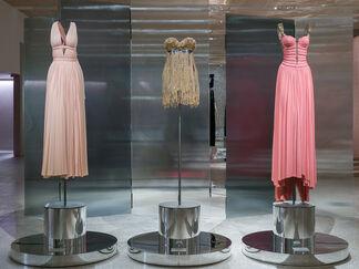 Azzedine Alaïa: The Couturier, installation view