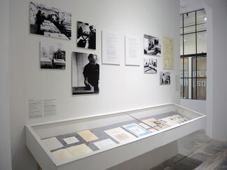 Motherwell as Printmaker: The Artist at Work, installation view