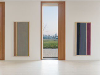 Michael Venezia »1967   Spray Paintings«, installation view