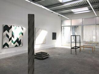Martin Wöhrl: Hand In Hand, installation view