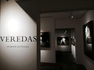 Veredas • Araquém Alcântara, installation view
