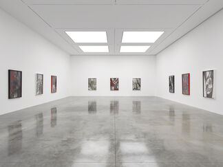 Larry Bell: Smoke on the Bottom, installation view