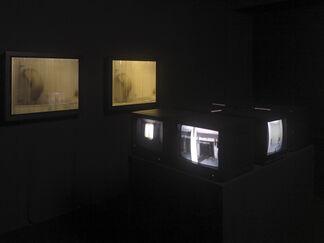 Gregor Schneider Amateurvideos, installation view