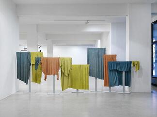Galerie Jochen Hempel at Art Cologne 2017, installation view