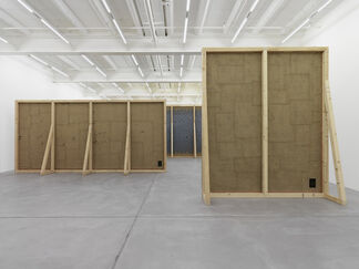 UGO RONDINONE, Walls + Windows + Doors, installation view