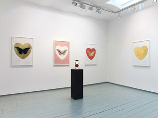 Damien Hirst LOVE, installation view