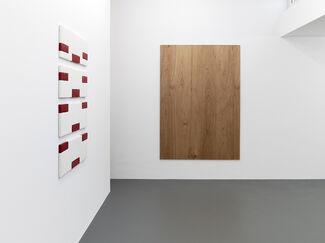 GROUPSHOW, installation view