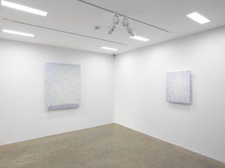 Park Seo-Bo: ZIGZAG: Ecriture 1983-1992, installation view