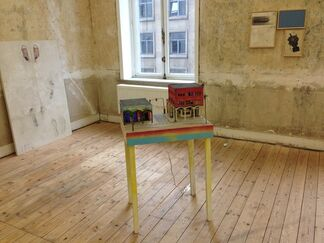 """""""SUMMER IN THE CITY"""", installation view"""