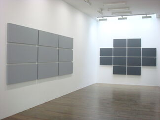 Alan Charlton, Grid Paintings, installation view