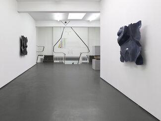 Jose Dávila, Nic Hess, Arcangelo Sassolino – Sign o' the Times, installation view