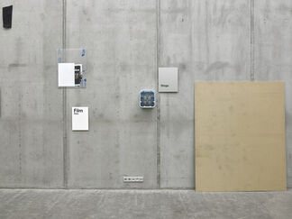 Heinrich Dunst - Things, not words, installation view