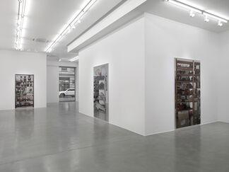 Michelangelo Pistoletto: Scaffali, installation view