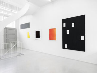 one colour, installation view