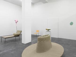 Franz West, Möbelskulpturen / Furniture Works, installation view
