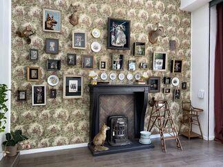 Madame, Random Family, installation view