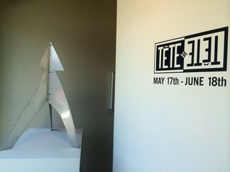Tête a Tête, installation view
