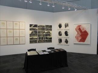 Galería La Caja Negra at IFPDA Print Fair 2017, installation view