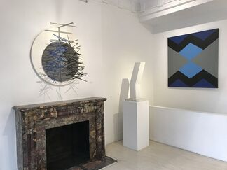 On View Upper East Side Location, installation view