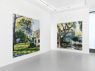 """Yves Bélorgey : """"Baldwin Hills Village (Village Green)"""", installation view"""