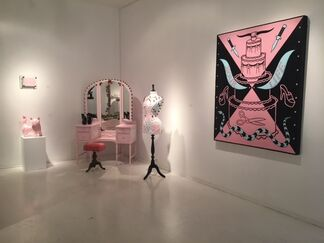 Victor Castillo : Broken Hearts // Scott Hove : Last Ticket for the Beauty Train, installation view