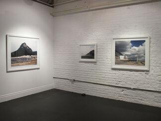 Alejandro Cartagena: Suburbia Mexicana, installation view