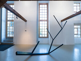 norman dilworth - generation, installation view