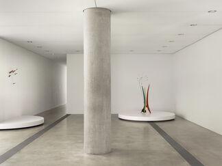 Calder Lightness, installation view