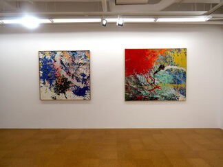 `A Serious Bluffer` Solo Exhibition of Shozo Shimamoto, installation view