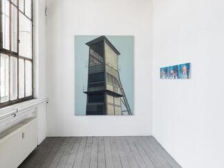 - Sigrid von Lintig - SCHWIMMER UND TÜRME, installation view