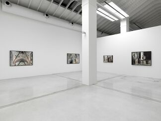 """Vincenzo Castella - """"Aiming at the dust"""", installation view"""