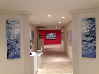 """""""Beach China"""" New Paintings by Leslie Parke, installation view"""