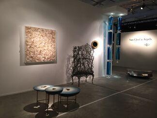 Gallery FUMI at Design Days Dubai 2015, installation view