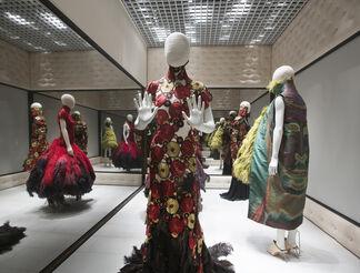 Alexander McQueen: Savage Beauty, installation view