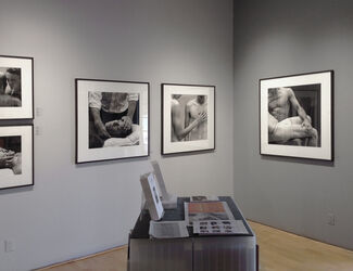 Zoë Zimmerman: OF MEN: Strength and Vulnerability – Part III: Care, installation view