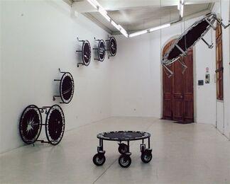 SPORT UTILITY VEHICLE - Francisco Ramirez, installation view