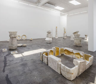 Jose Dávila | The body is lost outside, installation view